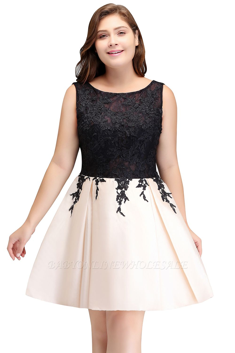 ISABELLA | A-Line Scoop Short Sleeveless Plus size Homecoming Dresses with Appliques