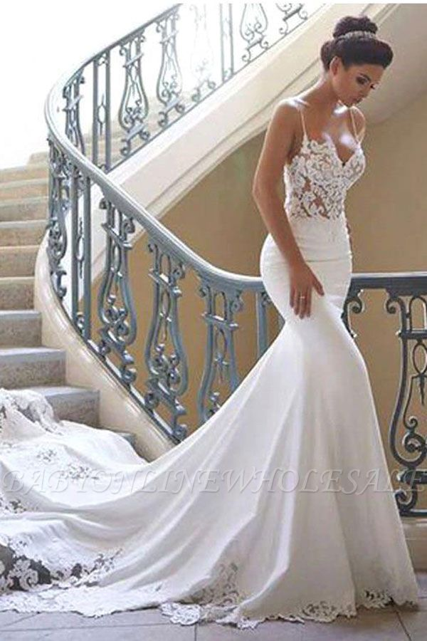 Robe de mariée en dentelle à bretelles spaghetti en ligne avec train chapelle   Robes de mariée blanches à moins de 200 $