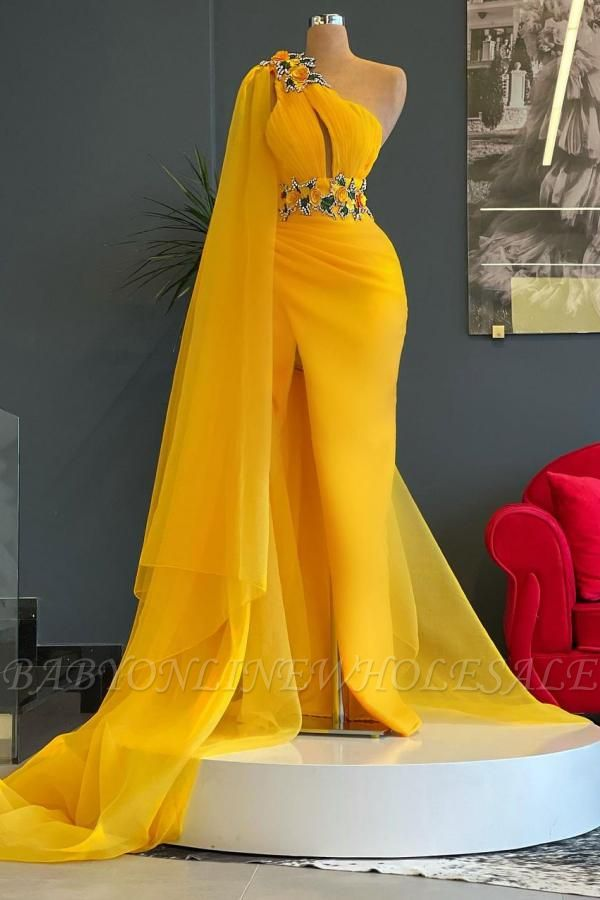 One Shoulder YellowRuffle Floral Appliques Beads Mermaid Evening Gown with Cape