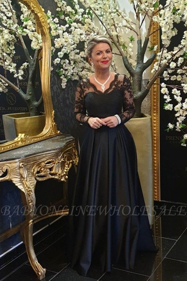 Elegant Long sleeves Black V-neck Satin Lace Evening Dresses