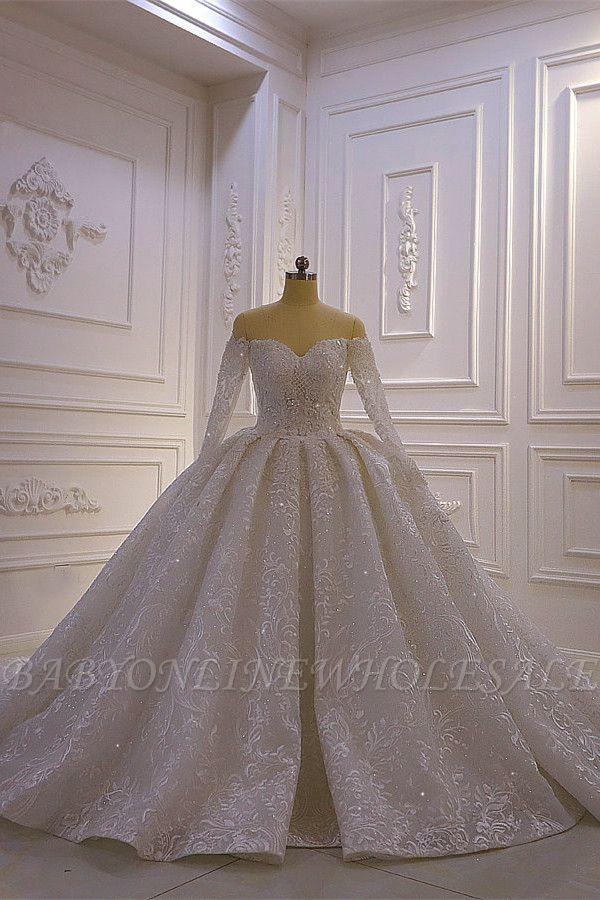 Luxus Ballkleid lange Ärmel 3D Spitze Schatz lange Brautkleider