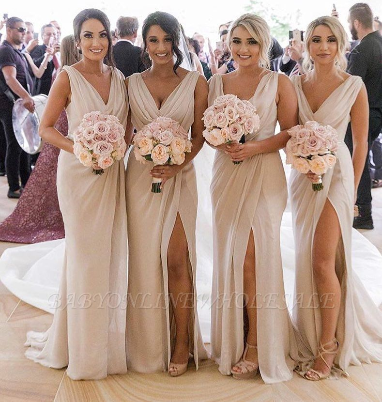 Simple Chiffon Long Bridesmaid Dresses | V-Neck Sleeveless Side-Slit Prom Dresses
