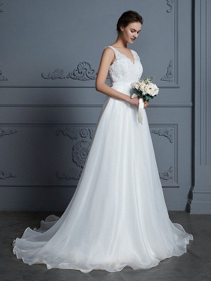 Sleeveless Floor-Length A-Line/Princess Lace Chiffon V-neck Wedding Dresses