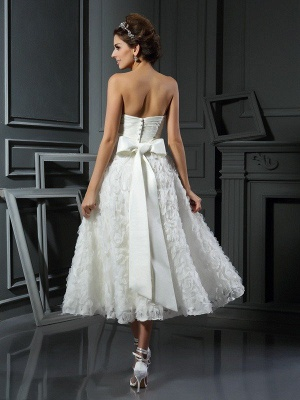 A-Line Sweetheart Sleeveless Short Satin Wedding Dresses with Bowknot_3