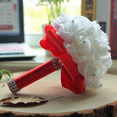 باقة الزفاف من الحرير الأبيض مع مقابض ملونة_5