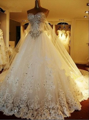 2018 Gorgeous Bridal Dresses Sweetheart Appliques Crystal Beading  Elegant A Line  Wedding Gowns