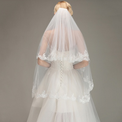 Two Layers Tulle  Appliques Comb Wedding Veil_6