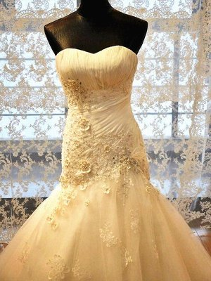 Applique Court Train Mermaid Sweetheart Tulle Sleeveless Wedding Dresses_5