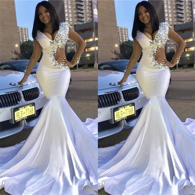 Chic V-Neck Lace Rhinestones Sweep Train Mermaid Prom Dresses_4