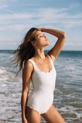 Vintage White Scoop One-piece Swimsuits_4