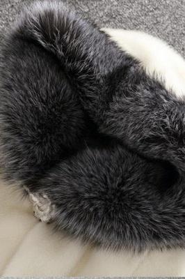 Abrigo con capucha de media longitud negro / blanco de piel sintética | Chaqueta de piel sintética con cuello chal artificial islandés_10