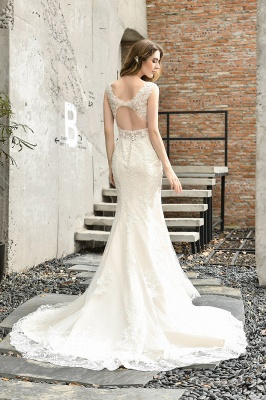 Stunning Sleeveless Fit-and-flare Lace Open Back Summer Beach Wedding Dress_3