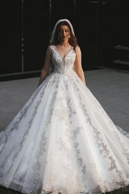 Gorgeous V-Neck Sleeveless Lace Appliques Bridal Gown_1