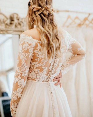 Charming White Floral Lace Tulle Plus Size Bridal Dress with Long Sleeves_2