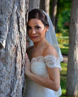 Великолепное свадебное платье русалки с открытыми плечами и кружевными аппликациями_3