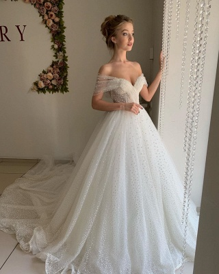 Trendy Off-the-shoulder Princess Pearl White Ball Gown Wedding Dresses_4