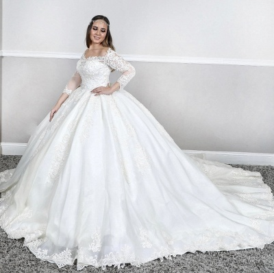 Manches longues Dentelle Col carré bouffante Robe de bal Traîne Tribunal Robes de mariée blanches_2