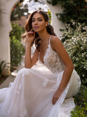 Spaghetti Straps Floral Appliques A-line Wedding Dresses | Sexy Backless Tulle Bridal Gowns_3