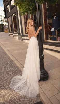 Spaghetti Straps Deep V-neck Beads Wedding Dresses   Sexy Backless Tulle Bridal Gowns_2