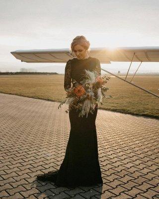 Sexy schwarzes langes Meerjungfrau-Hochzeitskleid mit langen Ärmeln Rundhals-Brautkleid_3