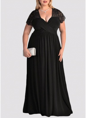 Plus Size Solid Lace Splice Ruched V-Neck Party Maxi Dress_2