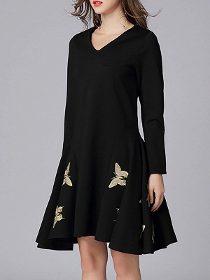 V neck A-line Daily Elegant Embroidered Animal Midi Dress_5