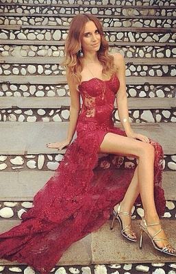 Stunning Burgundy Sweetheart Full-Lace Split Long Prom Dress