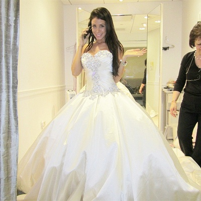 Sweetheart Ball Gown Plus Size Wedding Dresses Crystals Beads Chapel Train Princess Wedding Gowns BO9568_5